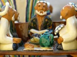 Propiedades Te Chai, Ancianos Tomando te, figuras ceramica, notas naturales