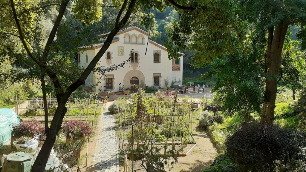 masia del jardin botanico historico barcelona