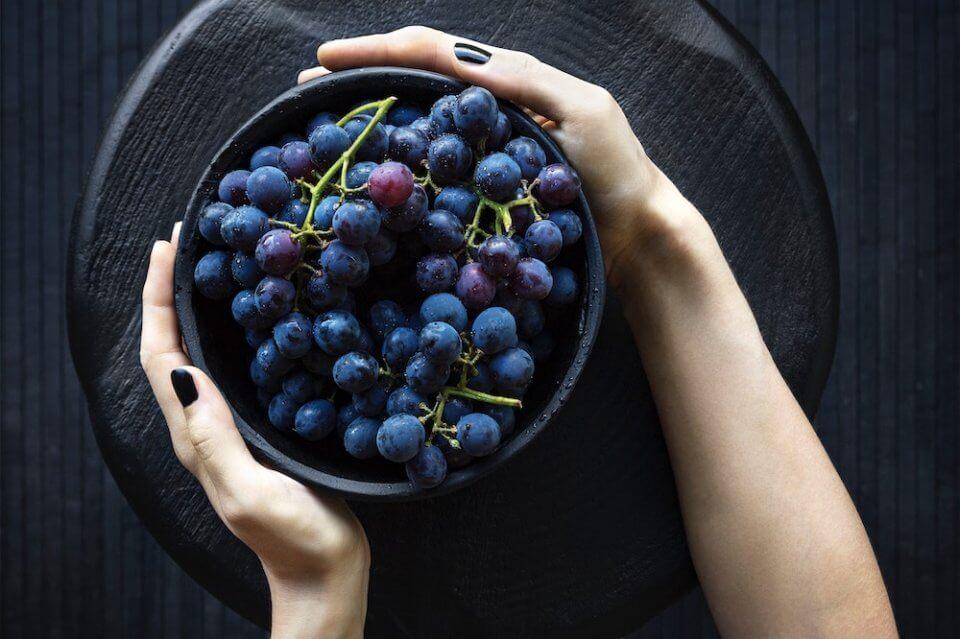 beneficios comer uva, fruta temporada