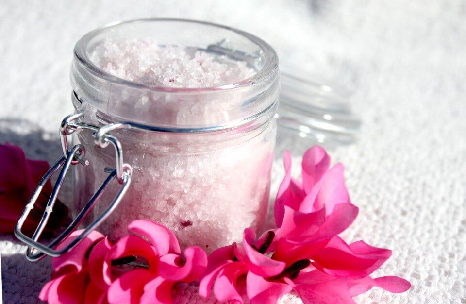 Sales perfumadas DIY, flores, tarro vidrio, notas naturales