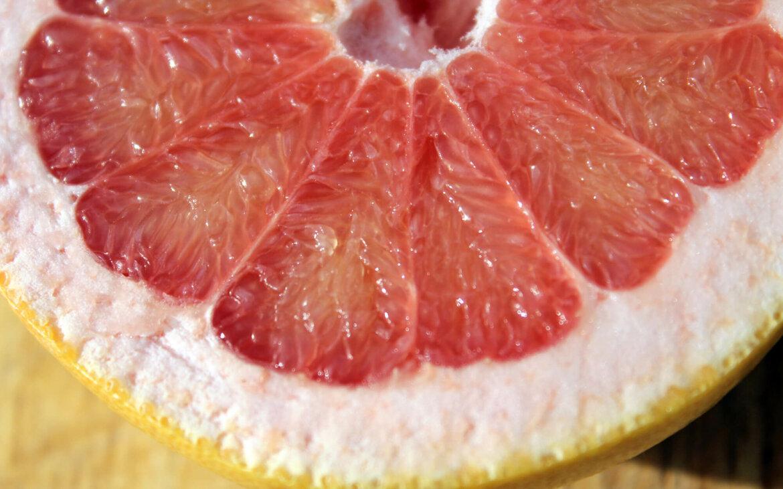 propiedades de los cítricos, pulpa pomelo, notas naturales