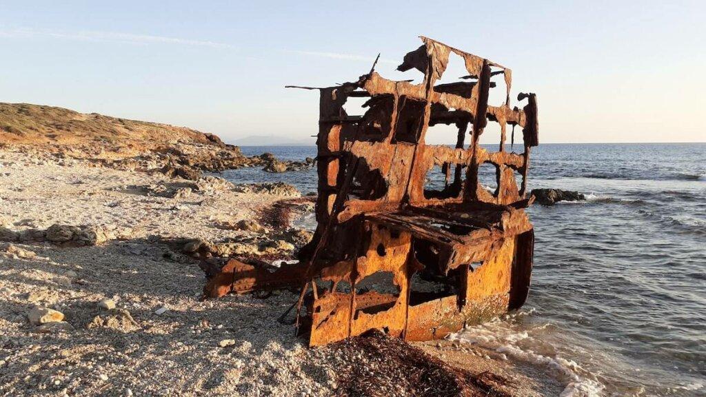 viejo barco naufragado, Area natural seu, cerdeña