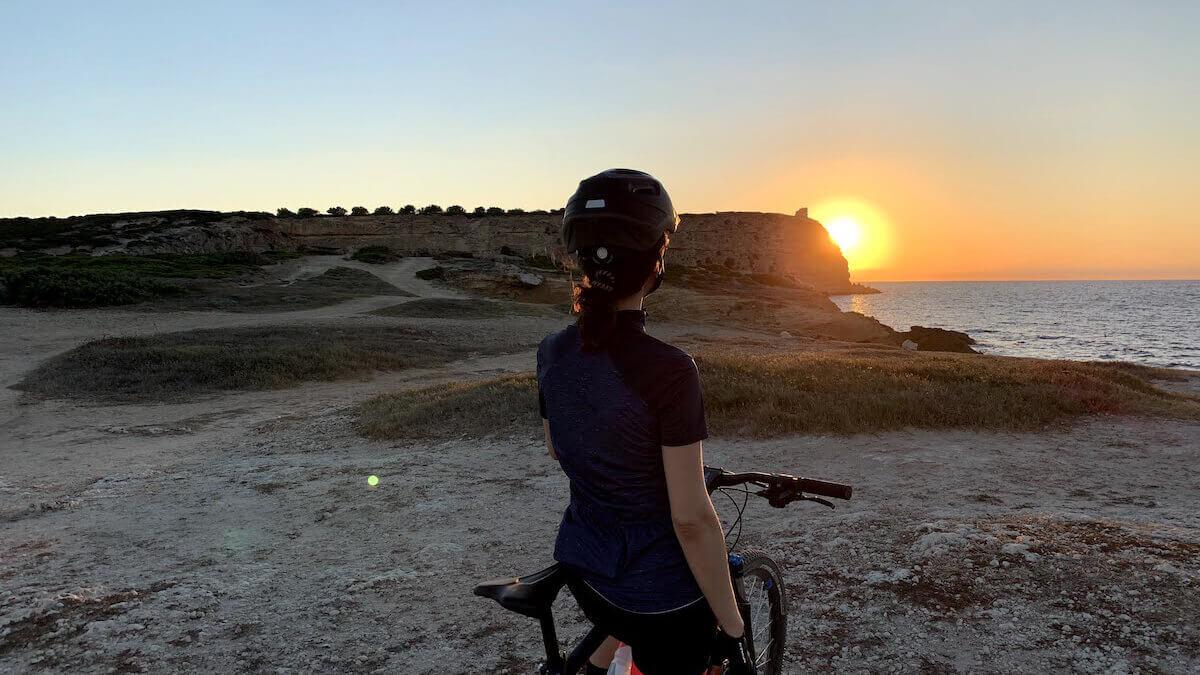 puesta del sol capo mannu, peninsula de sinis cerdeña, notas naturaleas